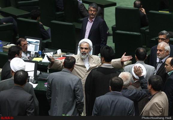 محمدجواد+ظریف+-+علی+اکبر+صالحی+-+مجلس+شورای+اسلامی (۱)