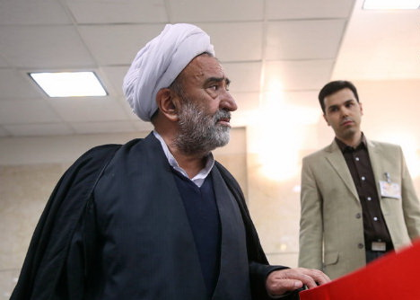 ثبت-نام-محمدرضا-عباسی-فرد-در-مجلس-خبرگان-لرستان-۱